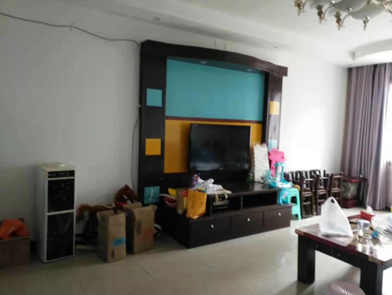 紫江花園3室 2廳 2衛62.8萬元