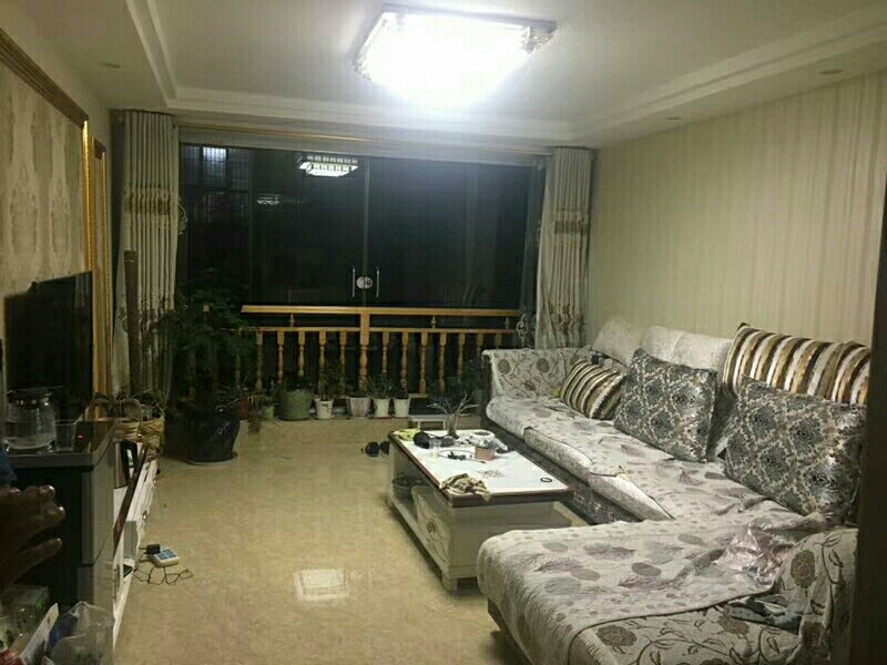 一中3室 2廳 1衛44.8萬元