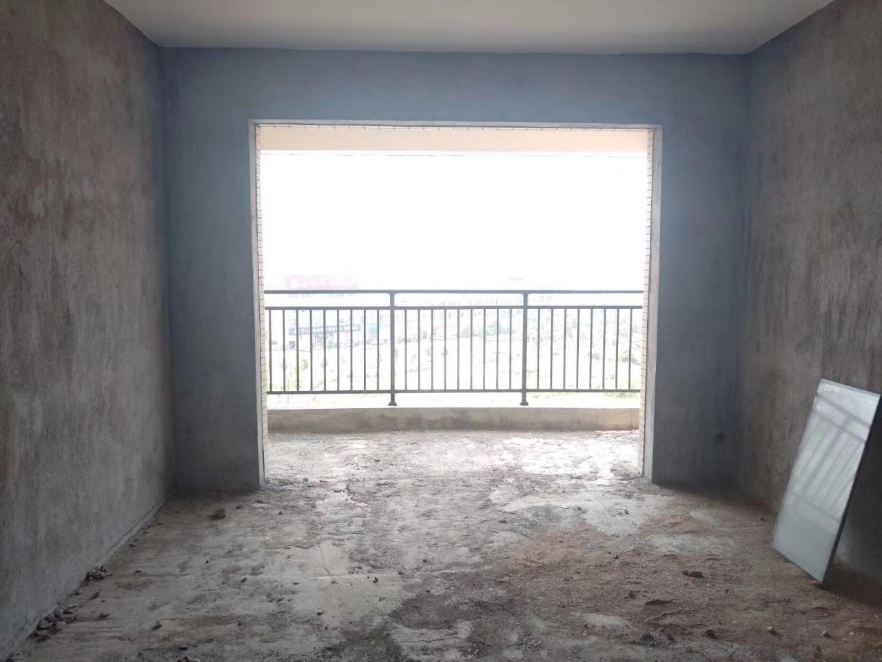 萬象新城3室 2廳 2衛66萬元