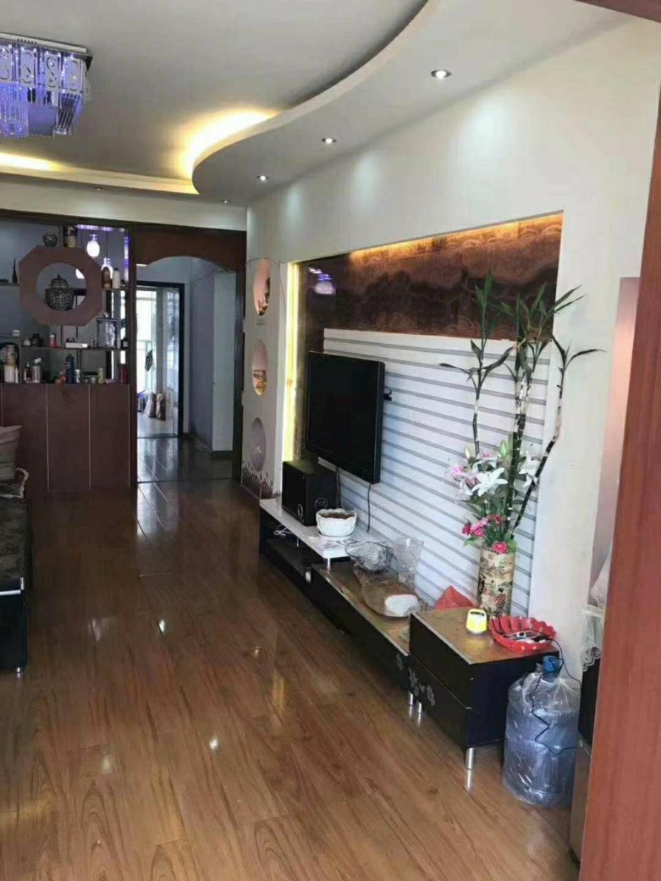 奥园广场国强大厦2室 2厅 1卫46.8万元
