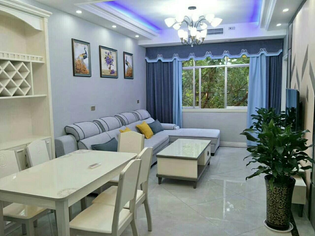 玉龙,6校学区房出售,精装修3室 2厅 2卫63万元