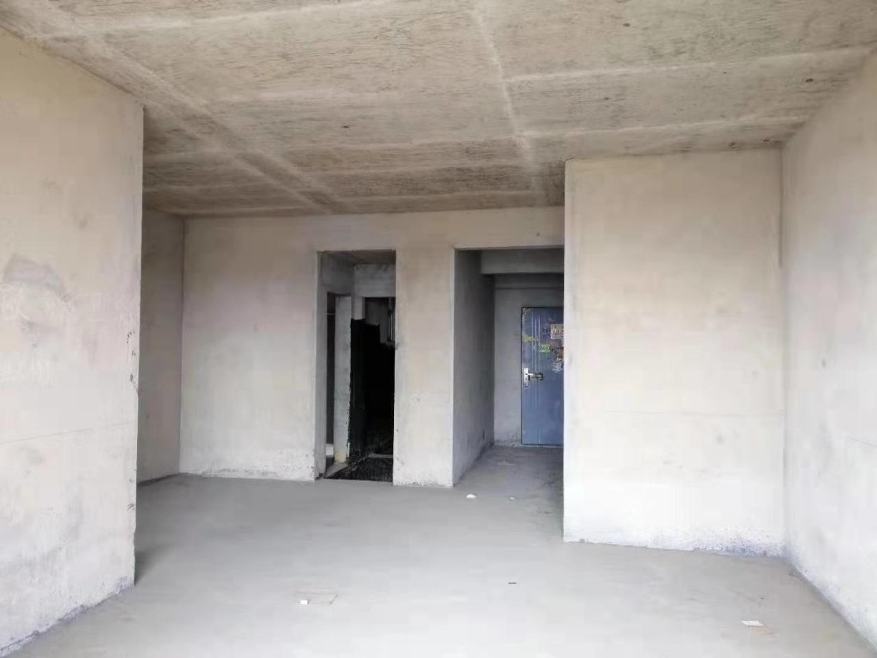 花燈廣場3室 2廳 2衛56.8萬元