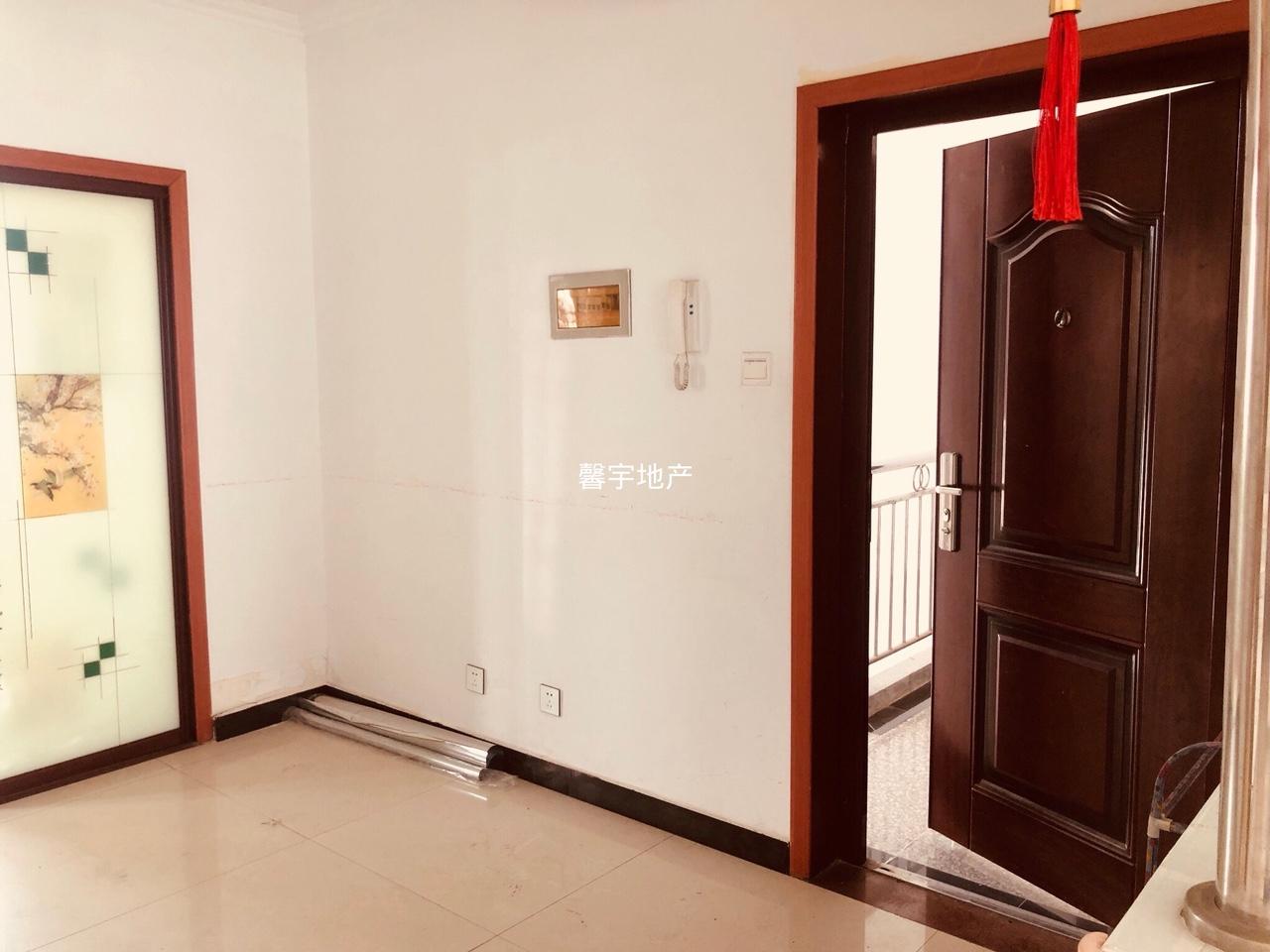 世紀花城三室兩廳兩衛一廚一衛一陽精裝出售