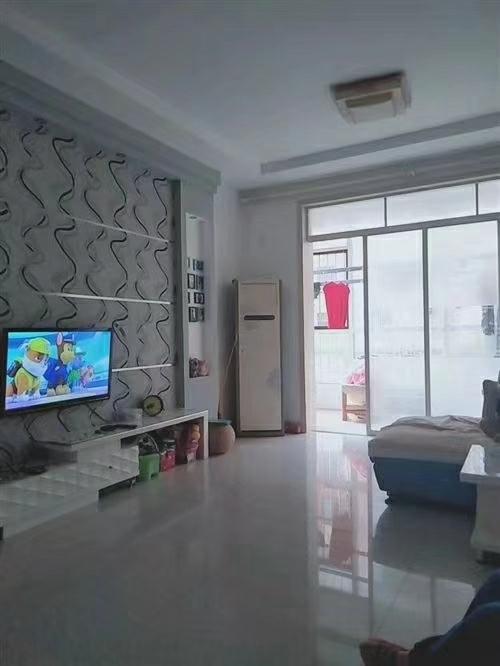 怡和名士豪庭105平2室 2厅 1卫75万元