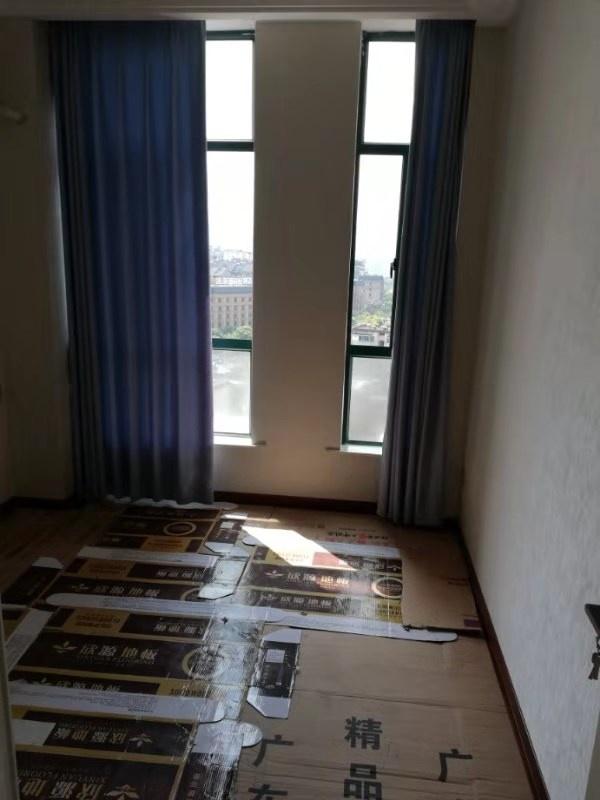 交通大廈(如家酒店)64㎡2室 1廳 1衛86萬元