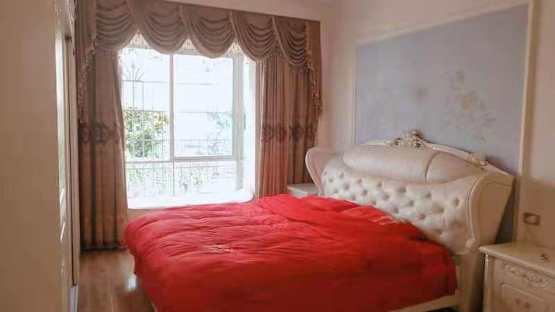 豪裝時代廣場3室 2廳 2衛93萬元