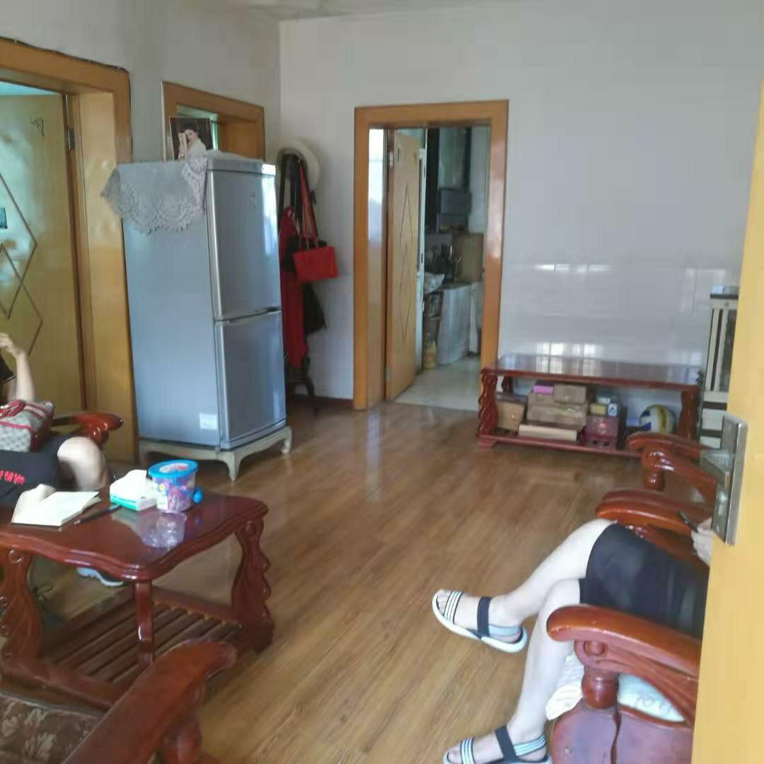 一小附近3室 2厅 1卫38.8万元