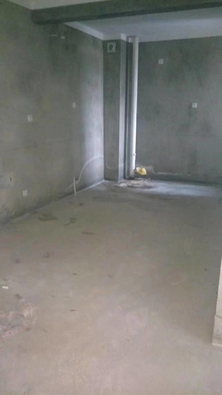 錦繡家園3室 2廳 1衛83萬元