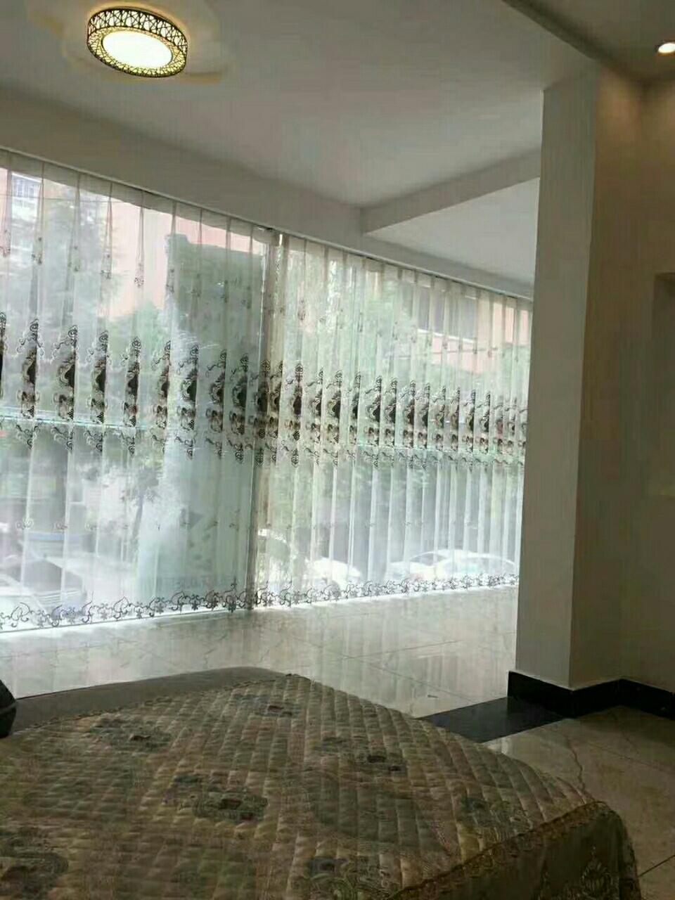 龙腾锦城4室 2厅 2卫86万元