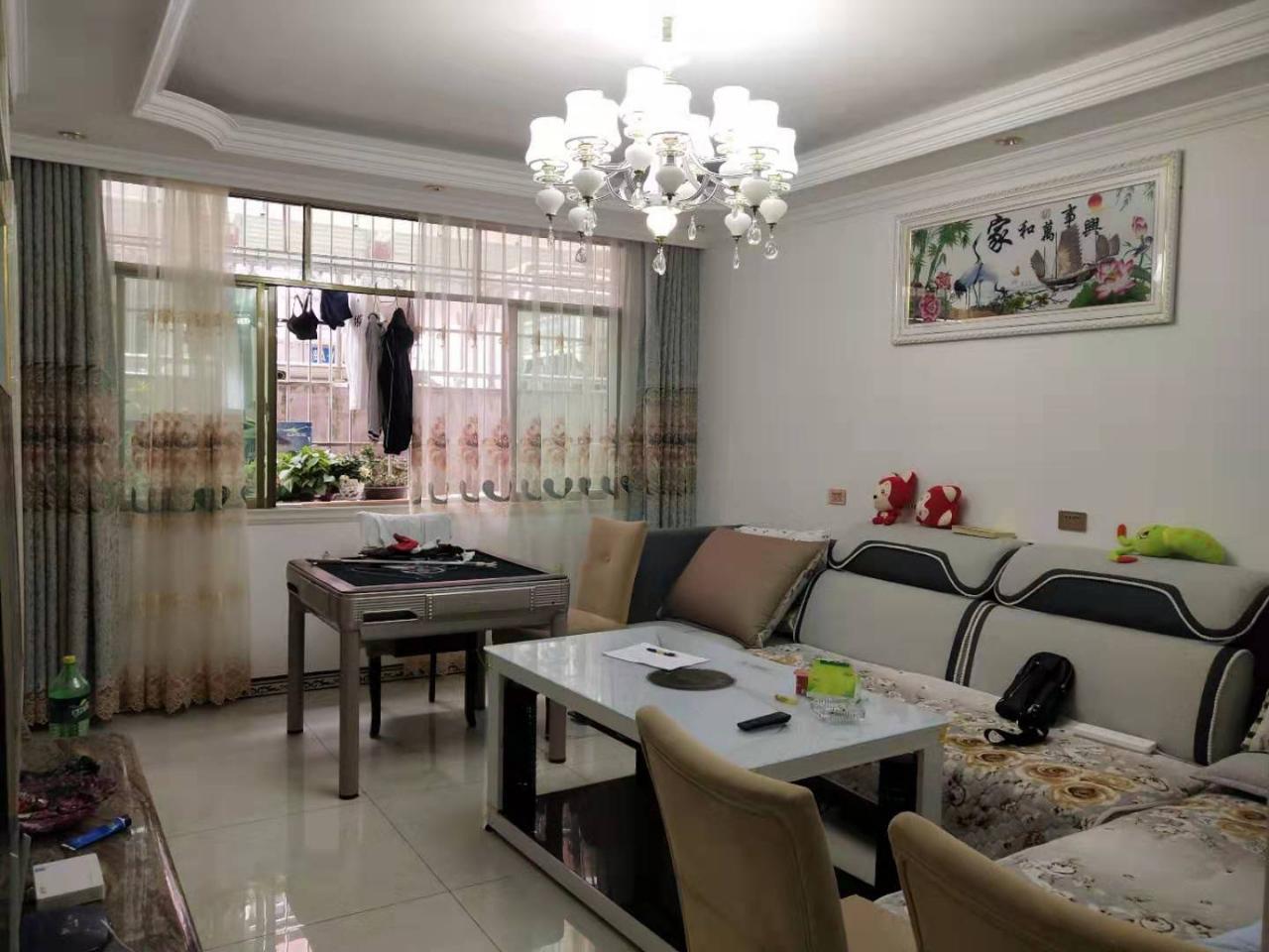 开阳县望城坡小区3室 2厅 1卫2.8万元