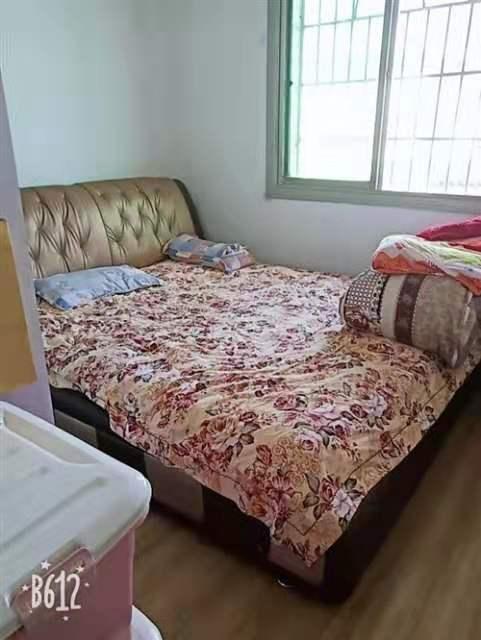 金都宾馆3室 1厅 1卫52.8万元