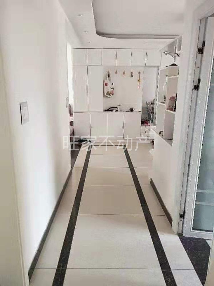 鼎旺广场3室 2厅 2卫60万元