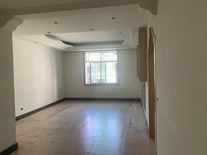 雨壺二巷3室 2廳 2衛52.8萬元