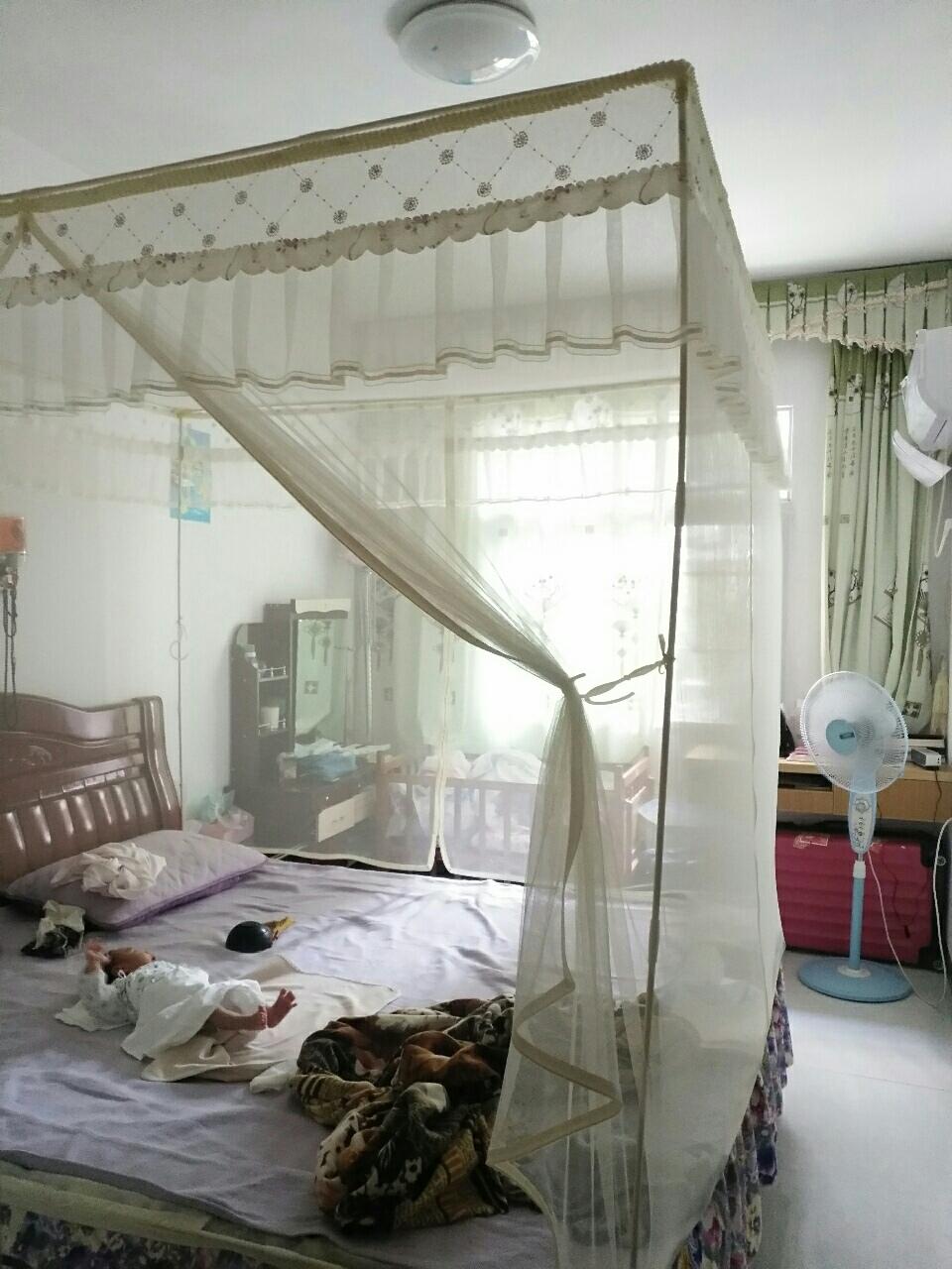 七小、三中附近小区,星港湾3室 2厅 2卫73万元