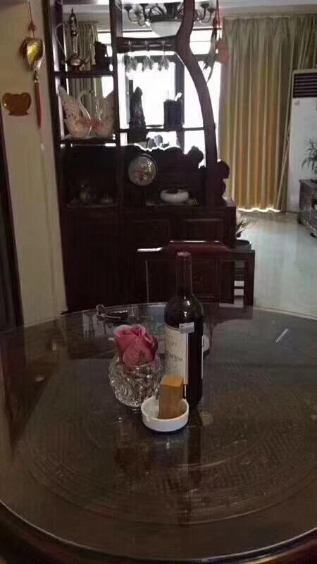 锦绣天成5楼85平精装2室2厅1卫108万元