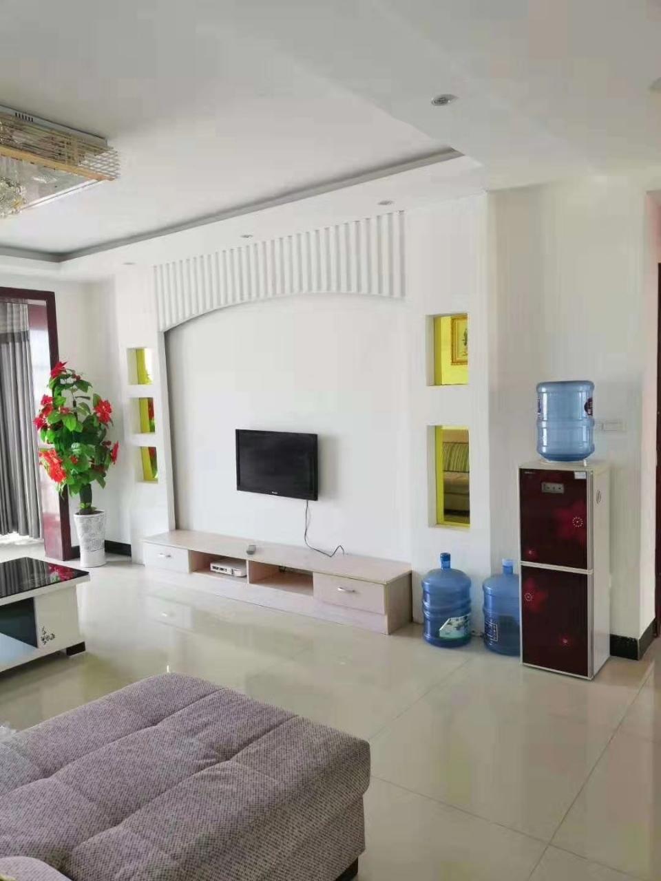 景福花园3室 2厅 1卫54.8万元