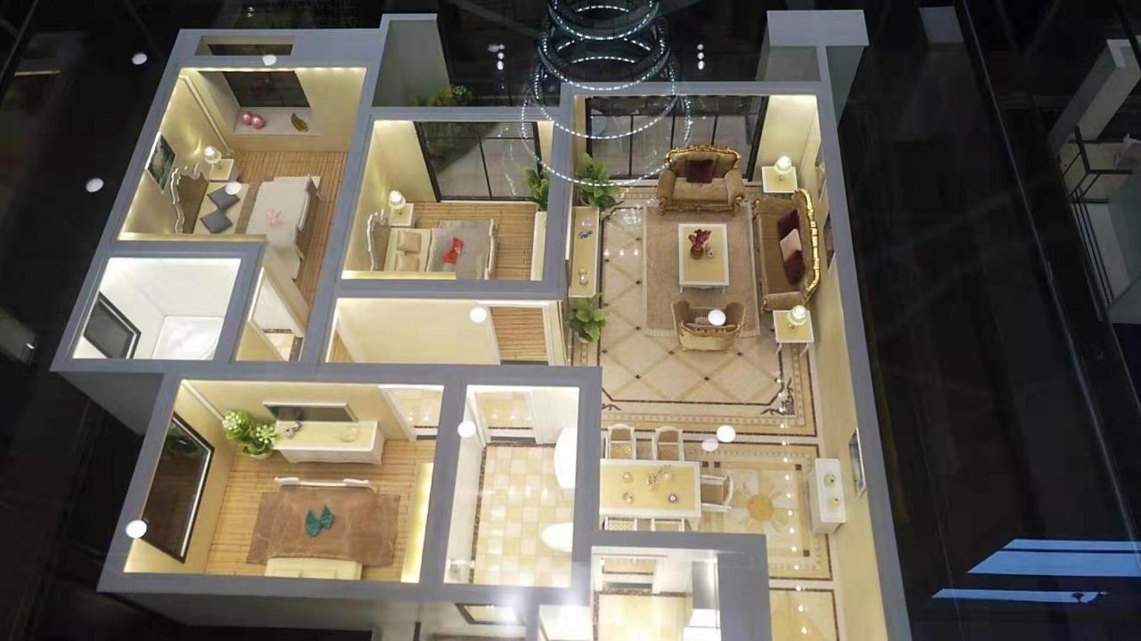 谦翔财富中心3室 2厅 2卫40.8万元