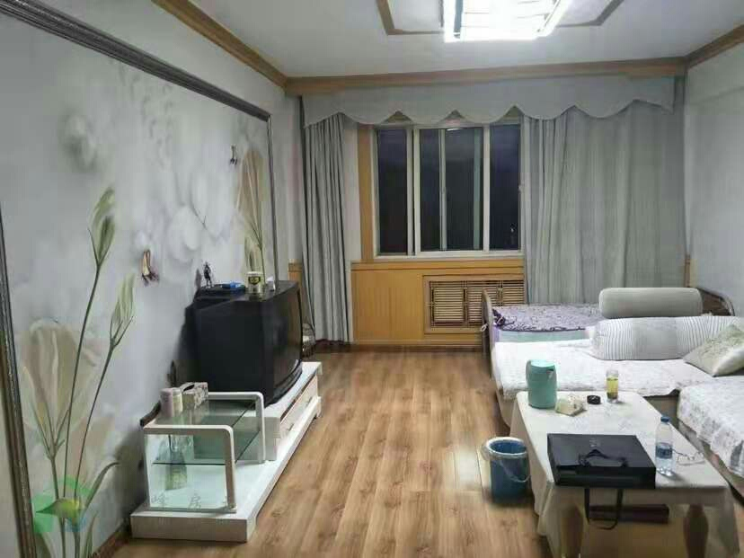 大众小区12楼3室 2厅 1卫35万元