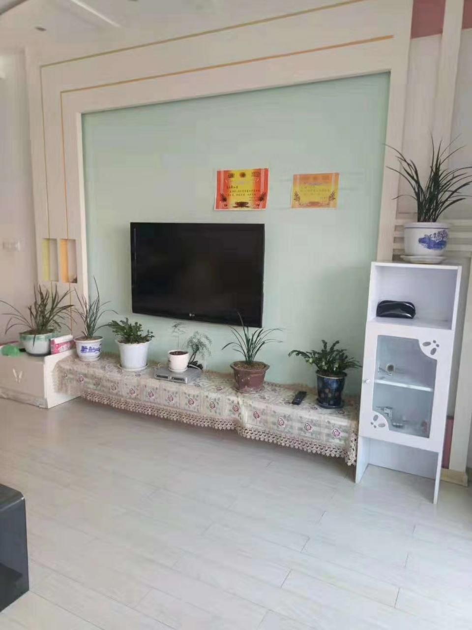 紫江花园3室 1厅 1卫56.8万元