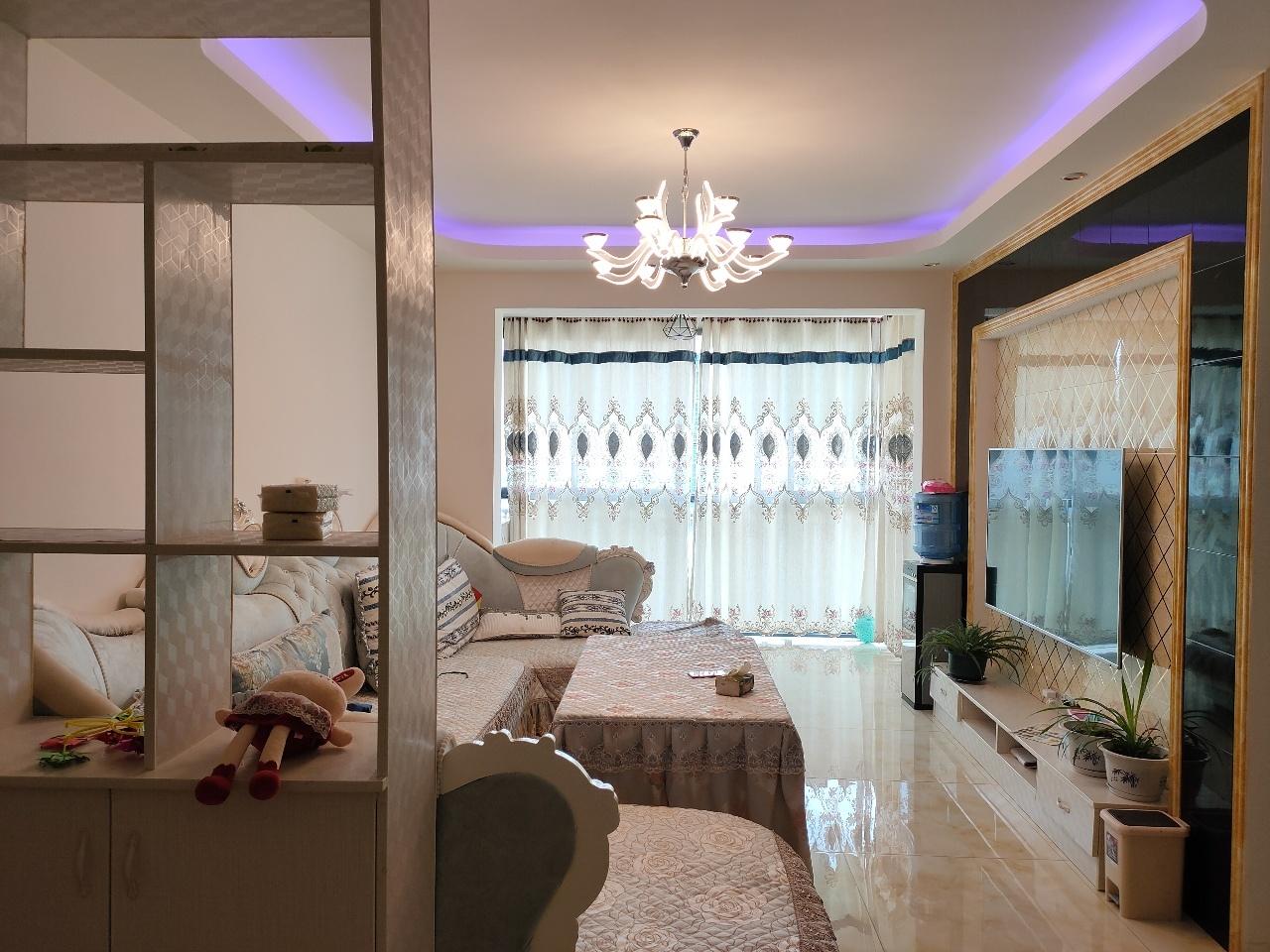 金博广场3室 2厅 1卫52.8万元