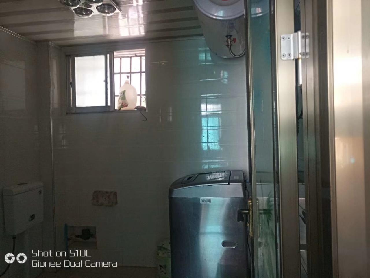 青西菜市场3室 2厅 1卫37.8万元
