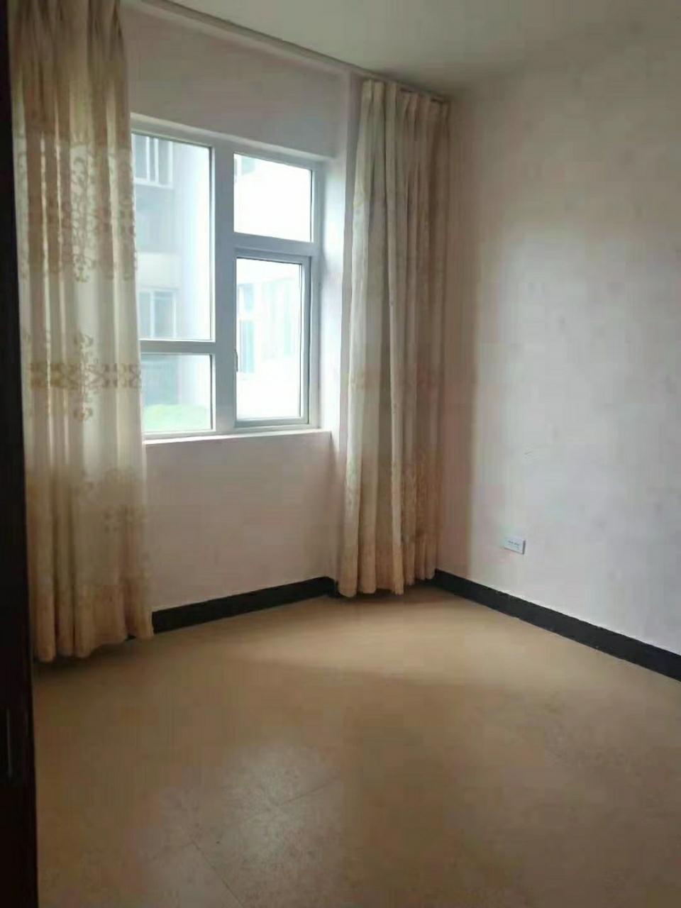二小學區房瑞迪大廈小區2室 2廳 1衛36.8萬元