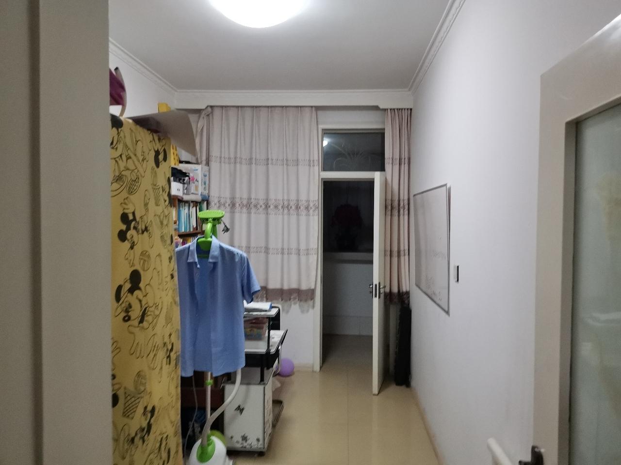 立芳洲小区3室 2厅 1卫69万元