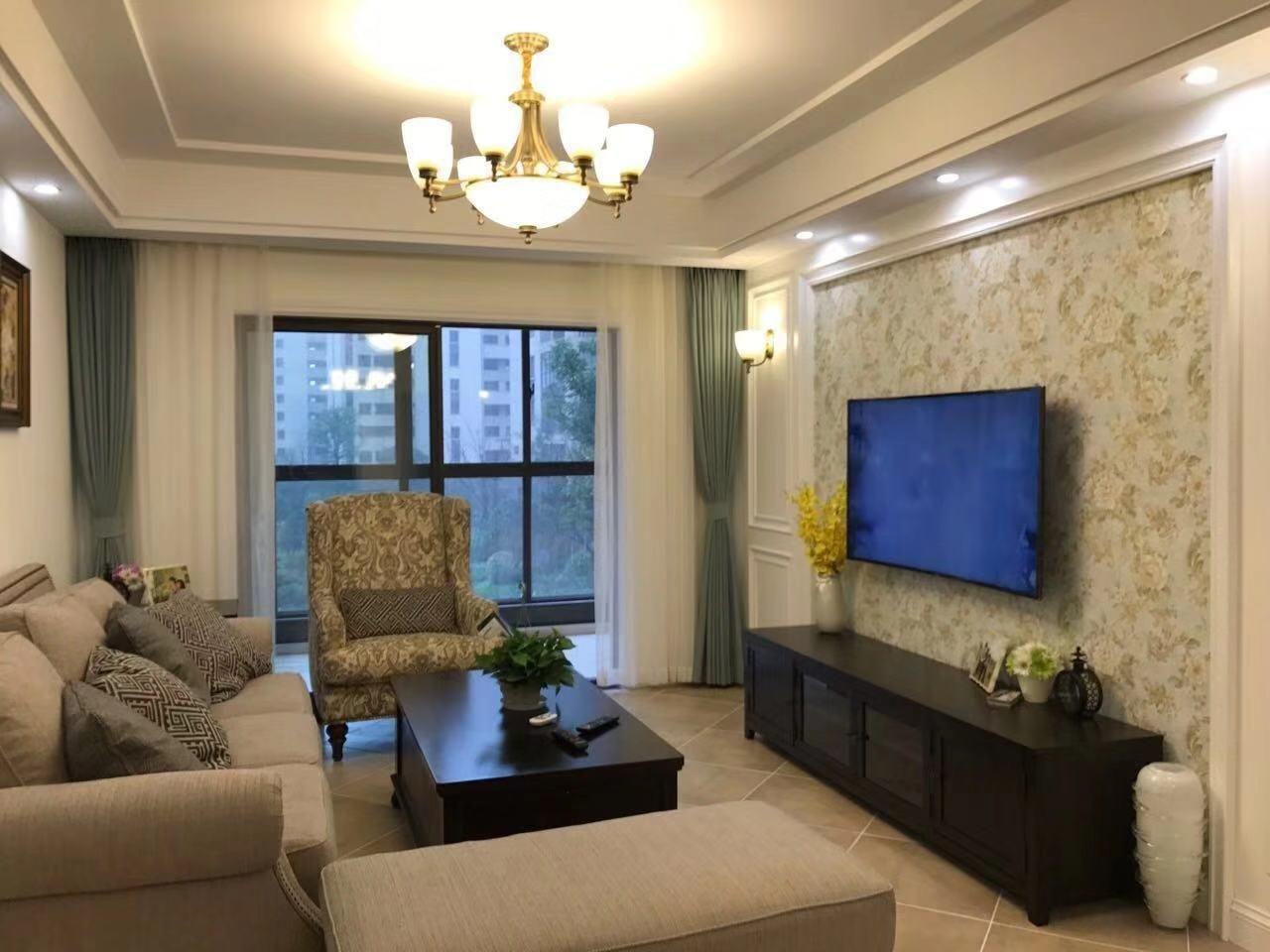 四季澜庭3室 2厅 2卫155万元
