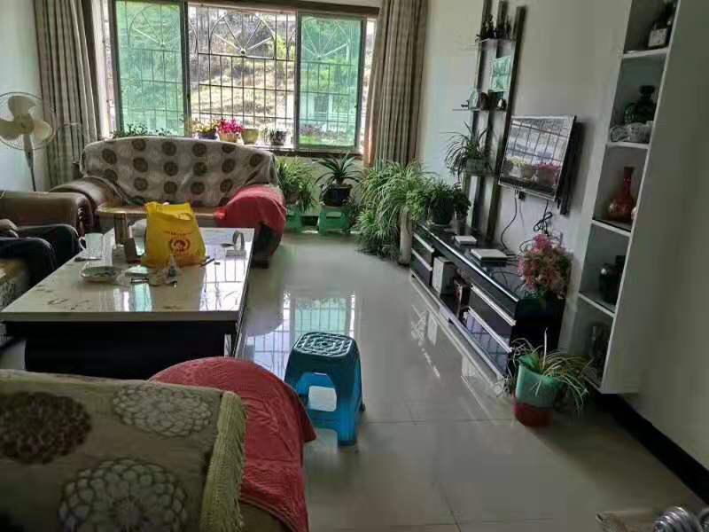 紫江花园3室 2厅 2卫50.8万元