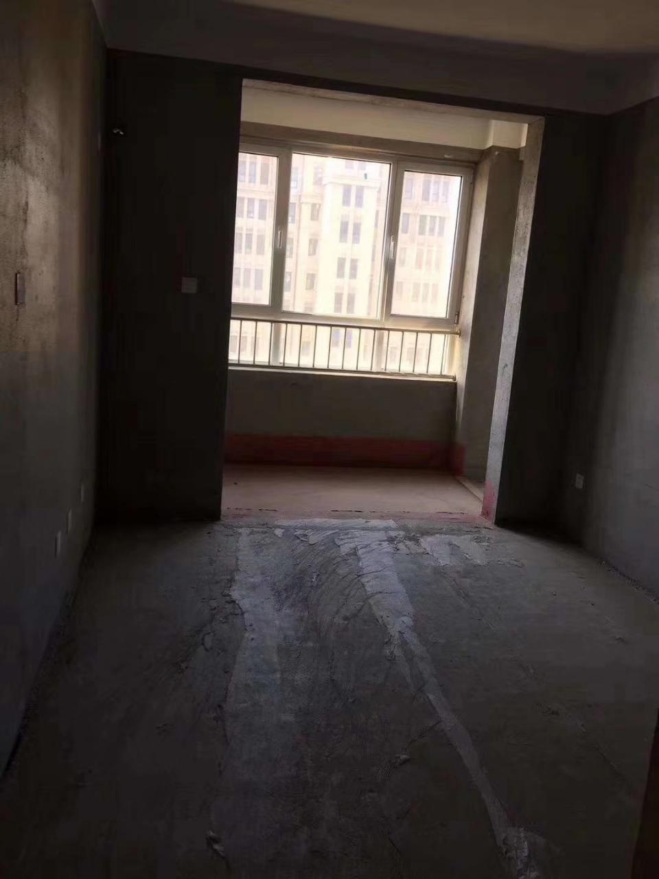 捡漏大海经典3室 2厅 2卫100万元