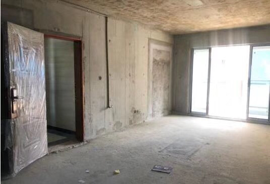 百福豪城3室 2厅 2卫125万元