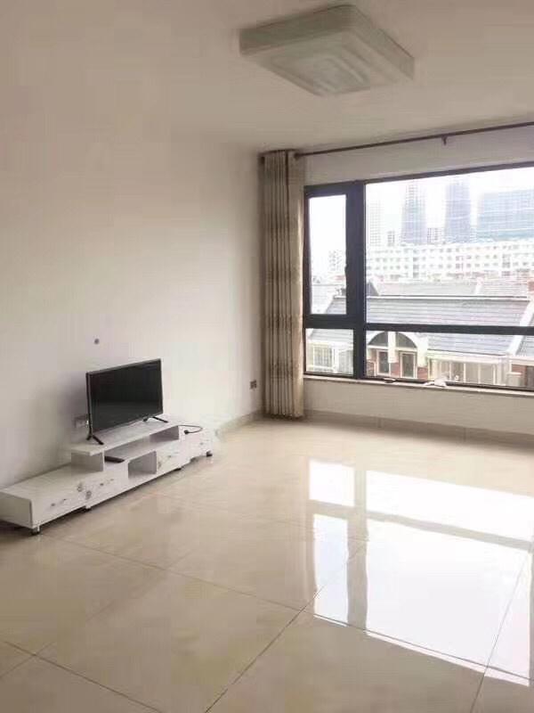 排岭新村5楼91平方双阳台已装修一口价88万