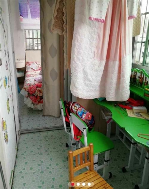 江南新居3室 2厅 2卫50.8万元