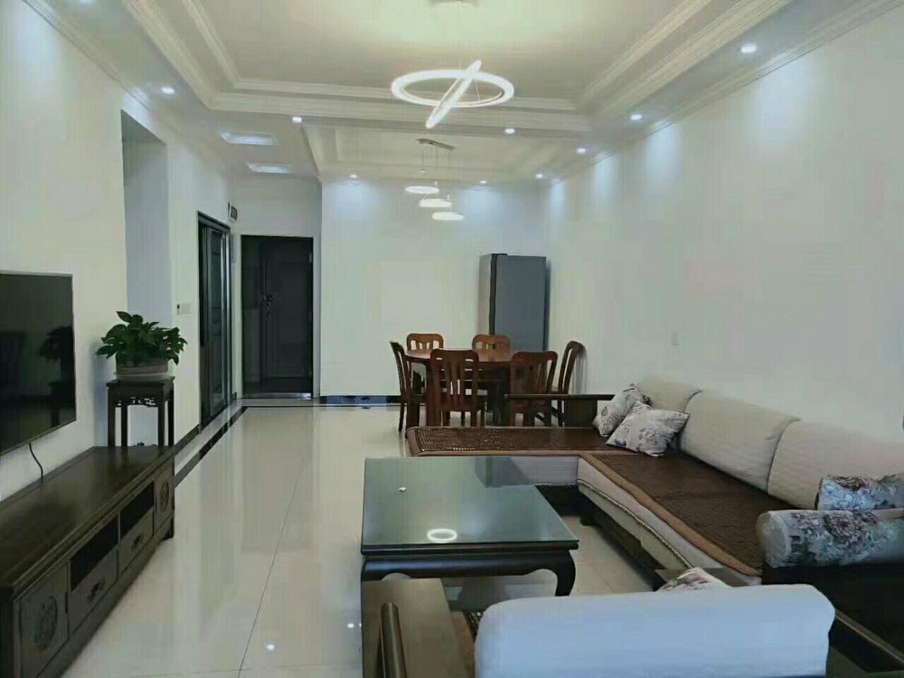江语长滩美岸、3室 2厅 2卫99.8万元