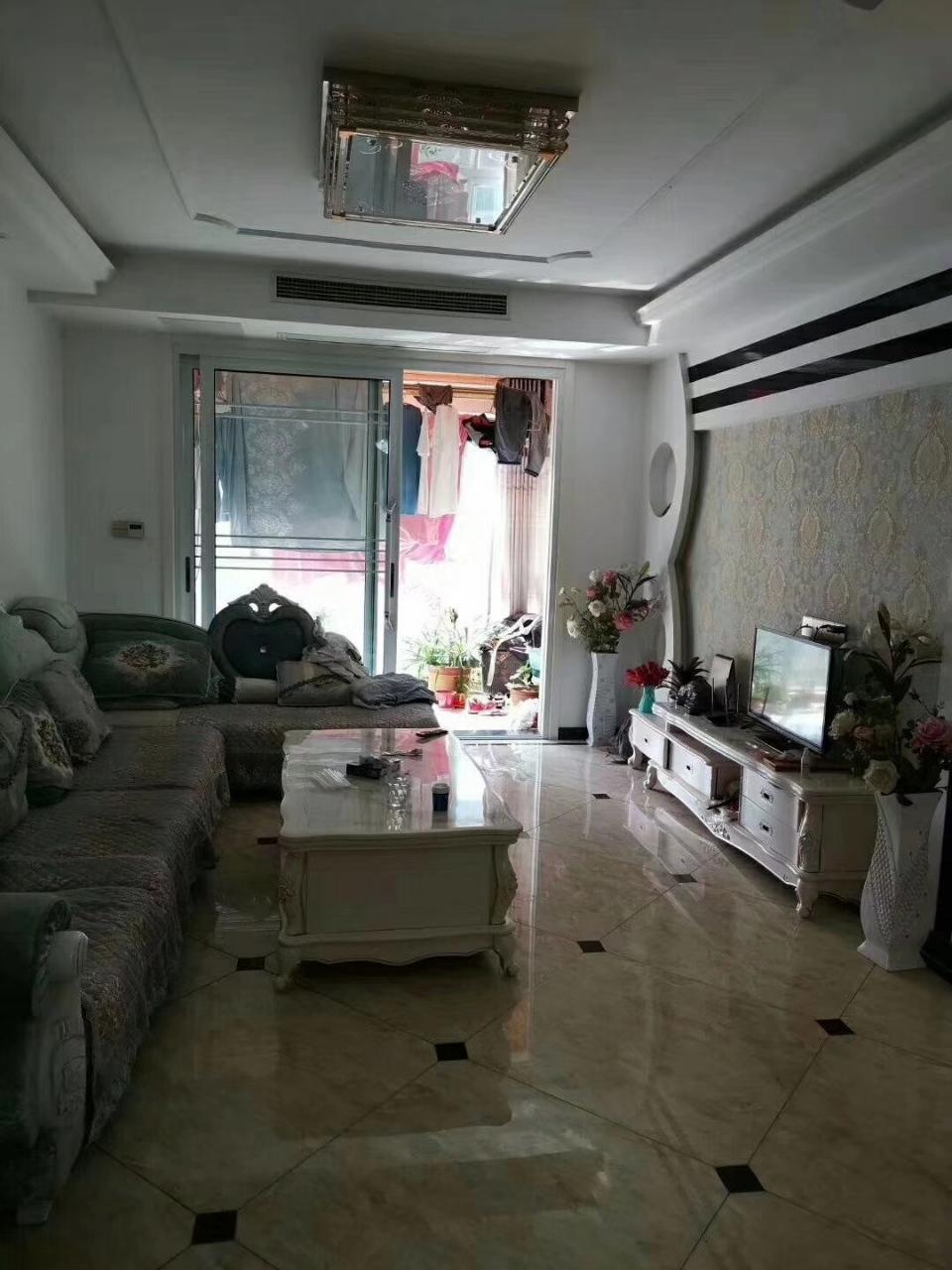 嘉鴻花園3室 2廳 1衛67.7萬元