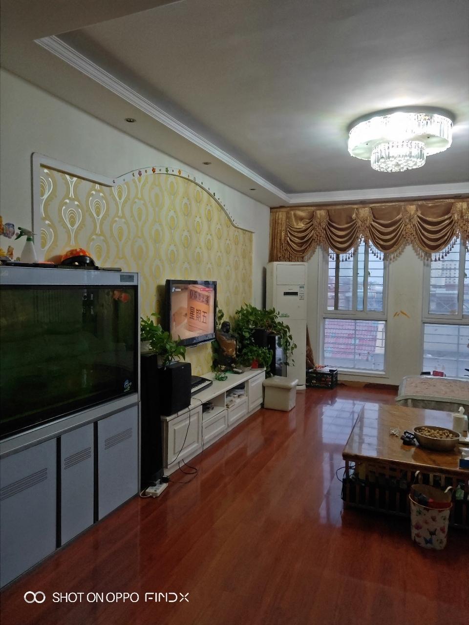 丽水华庭3室 2厅 2卫112万元