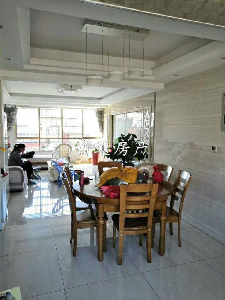 名桂首府3室 2厅 2卫152.8万元