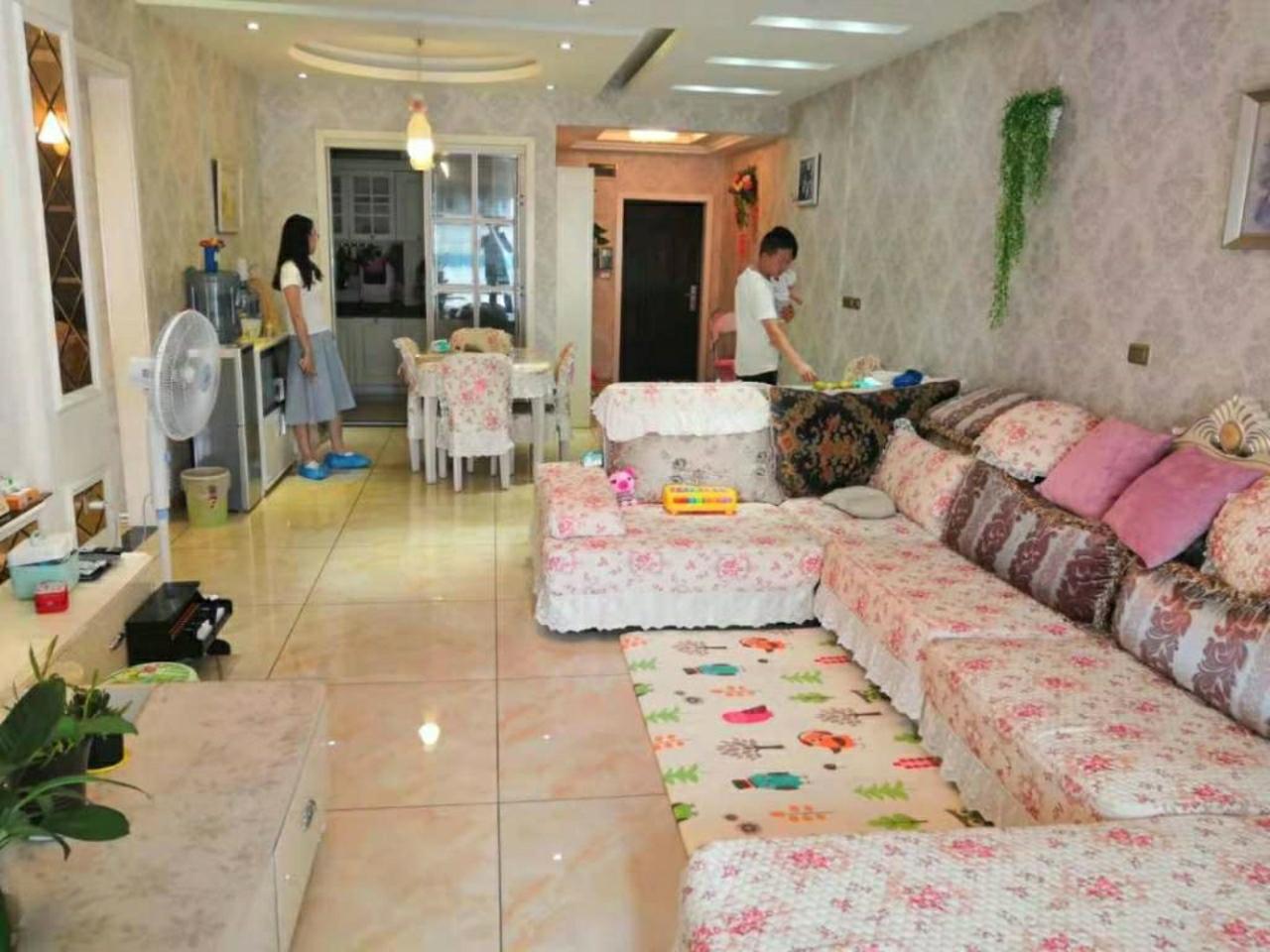 仁和天地居3室 2厅 2卫86.8万元