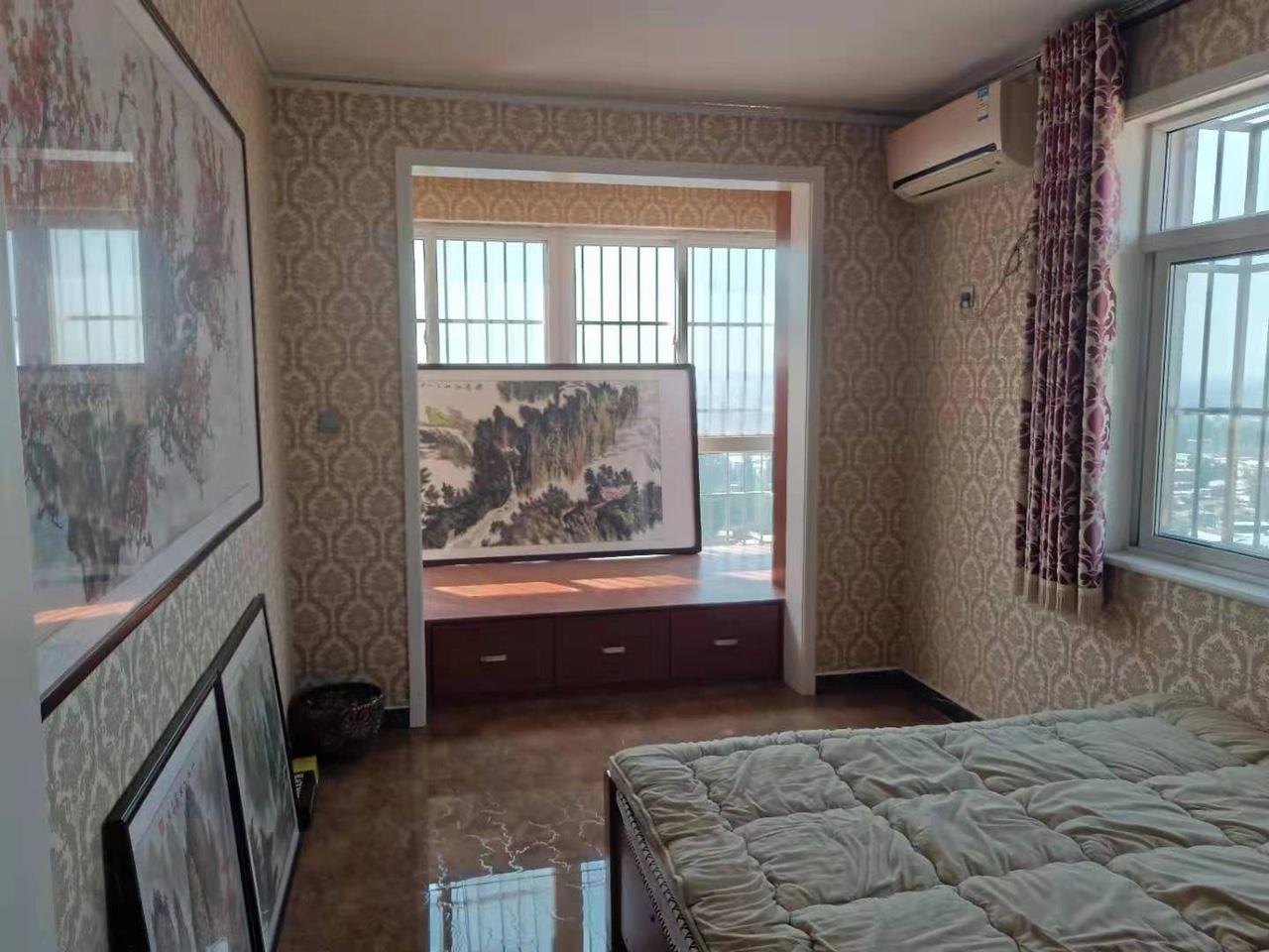 蓝波盛景2室 1厅 1卫72万元