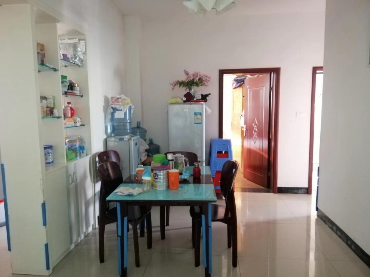 紫江花园3室 2厅 1卫49.8万元