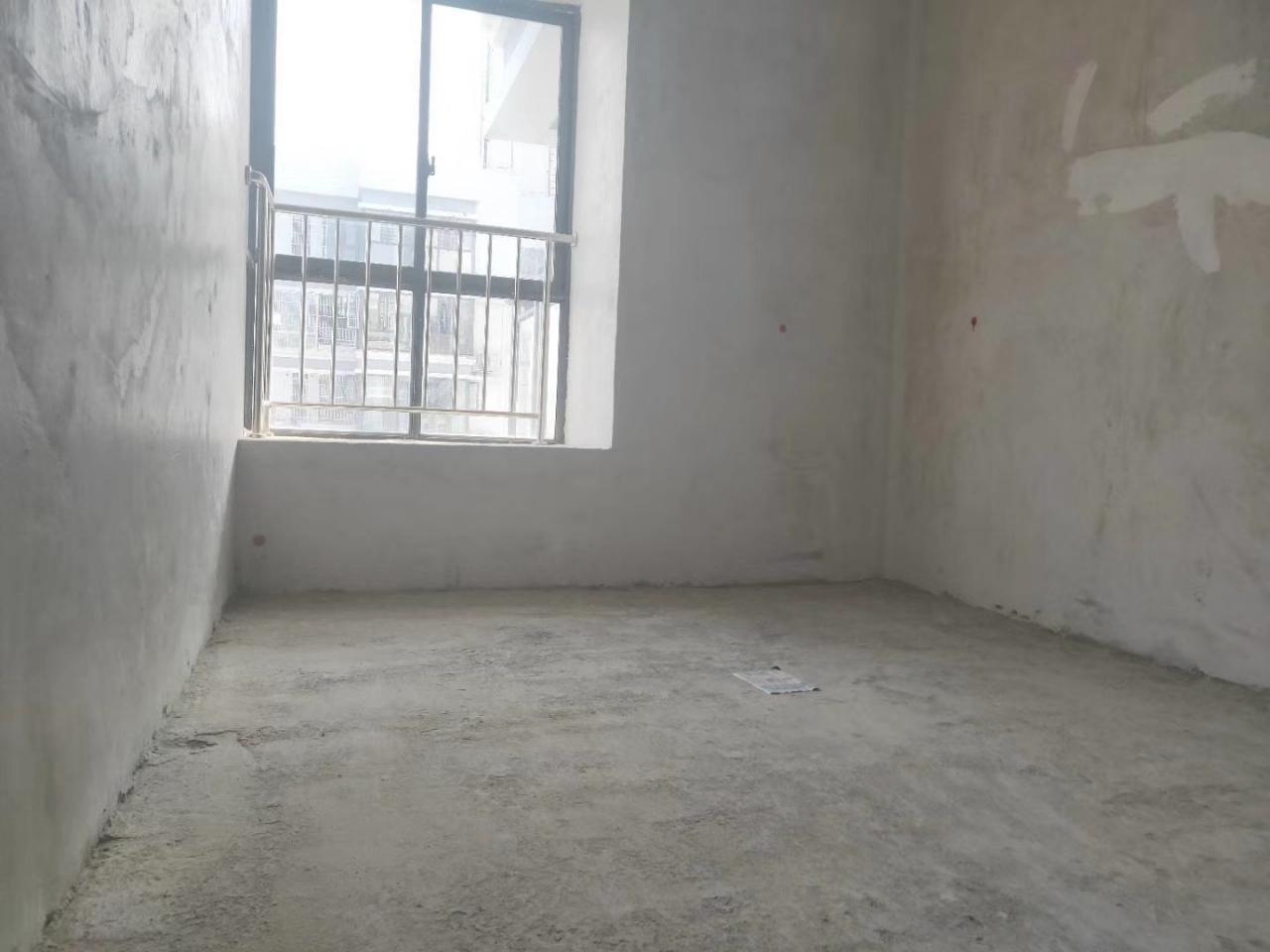 天壶碧水蓝天3室 2厅 2卫55万元