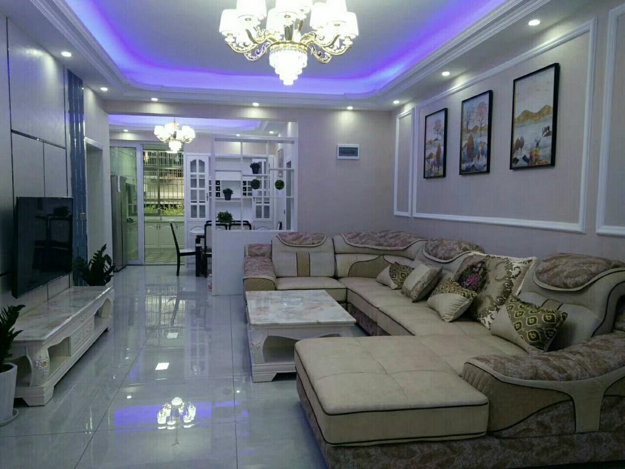 中吉社区3室 2厅 2卫76.8万元