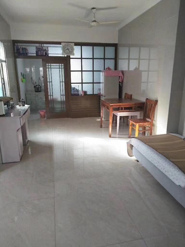 小康苑5室 2厅 2卫128万元