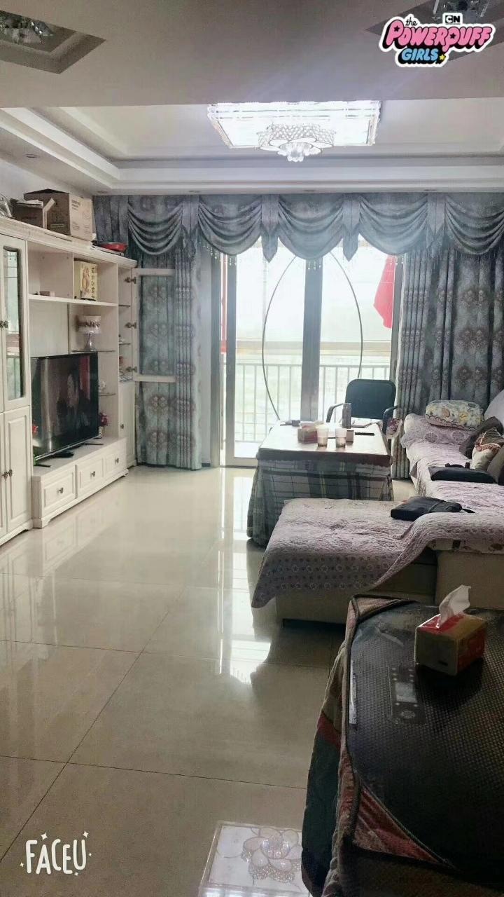 河畔家园3室 2厅 2卫56.5万元
