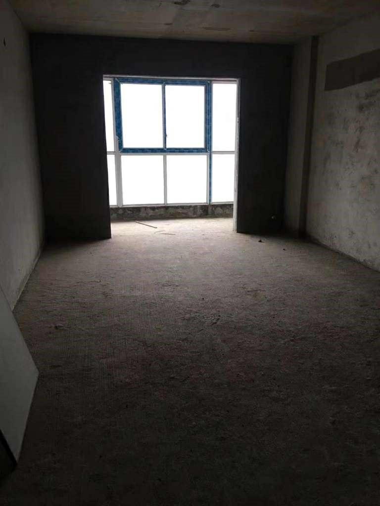 国际社区3室 2厅 2卫万元
