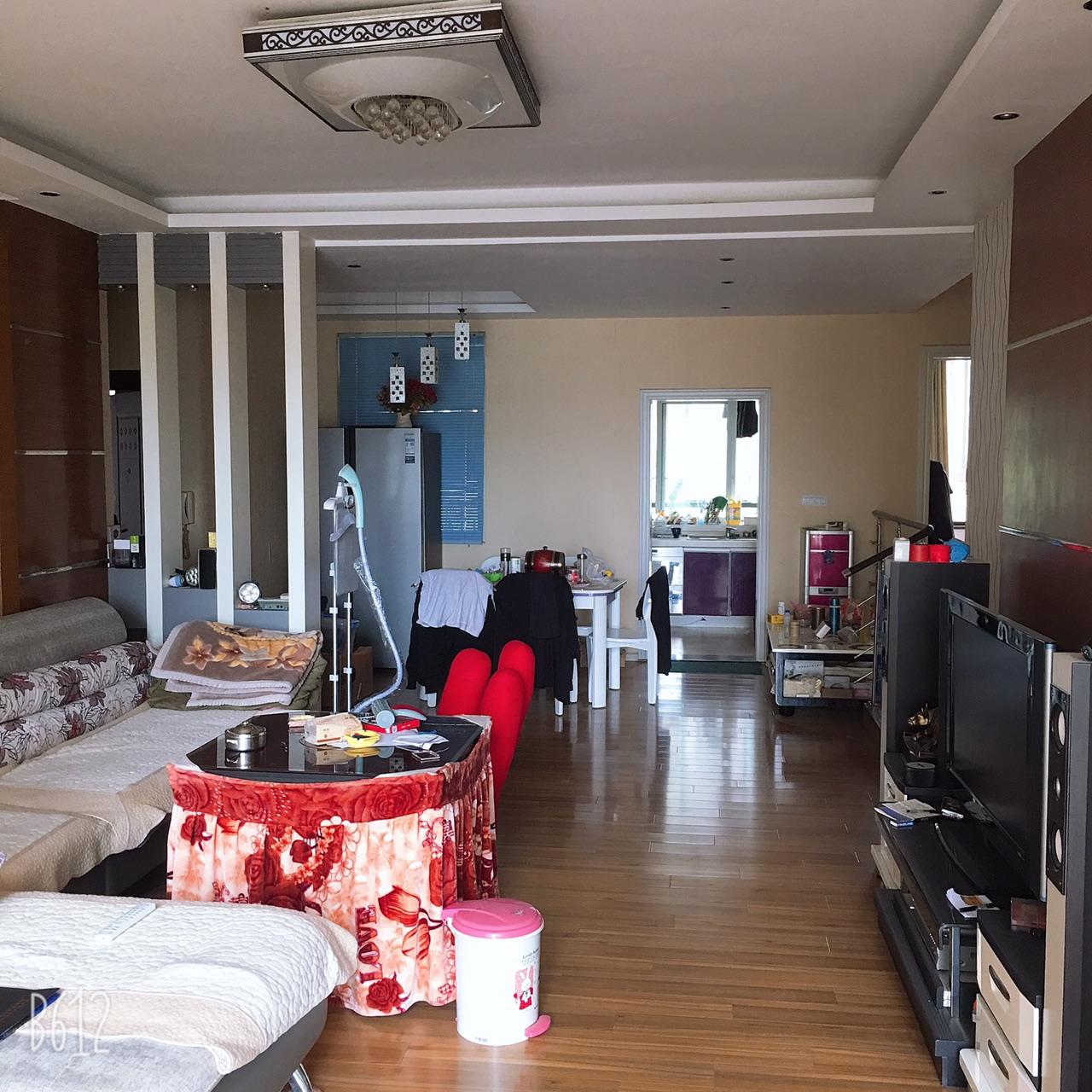 和谐小区3室 2厅 2卫48万元