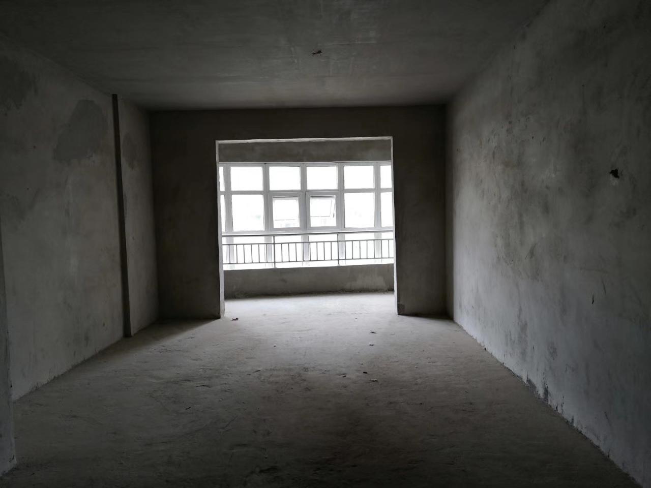 尚品国际3室 2厅 2卫59万元