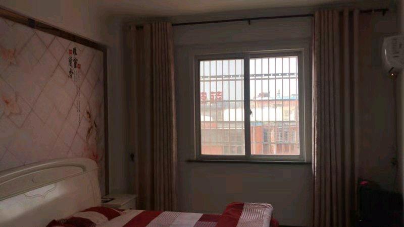 碧秀花苑3室 2厅 1卫78万元