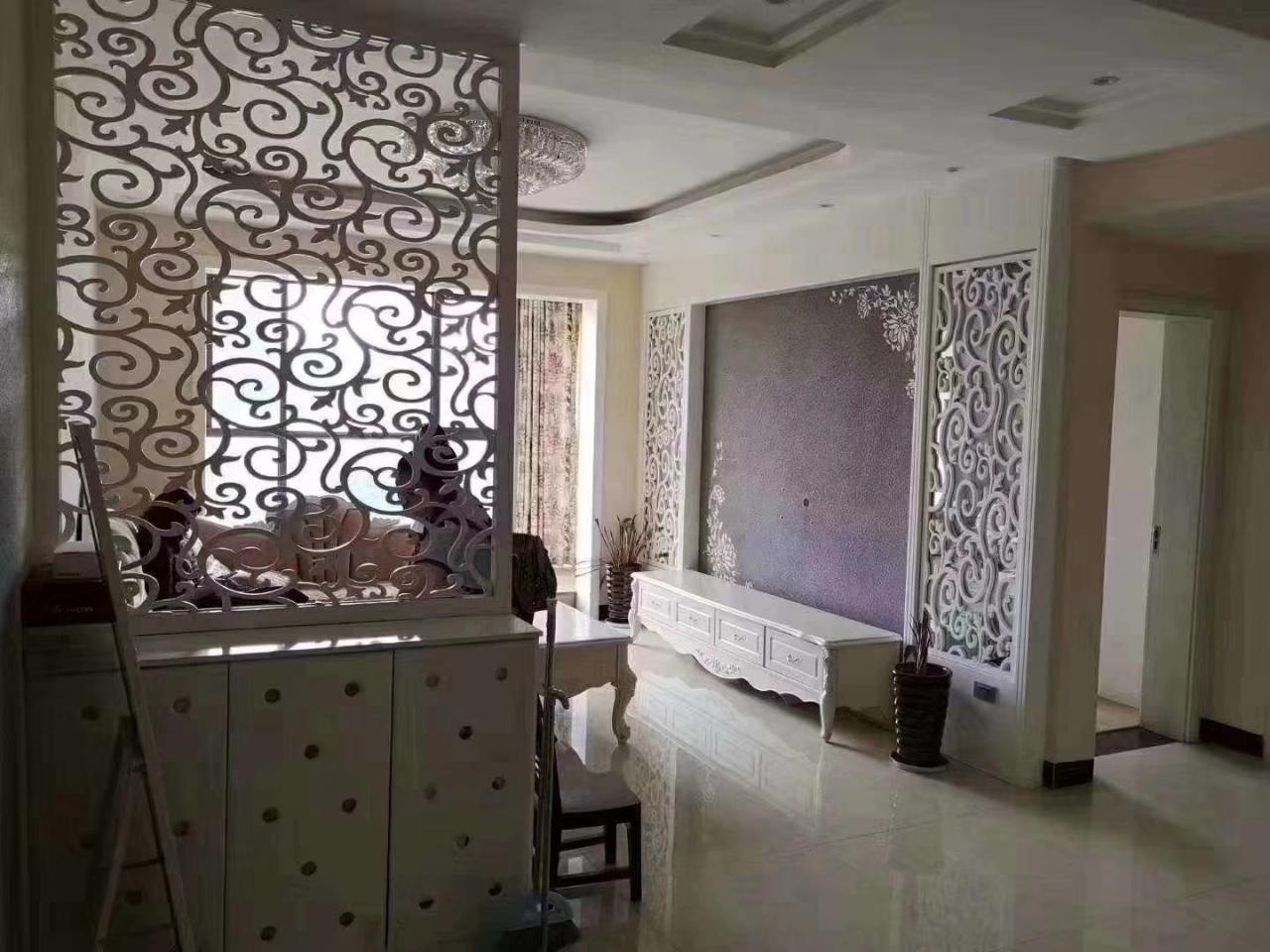 红果东湖国际2室 2厅 1卫52万元