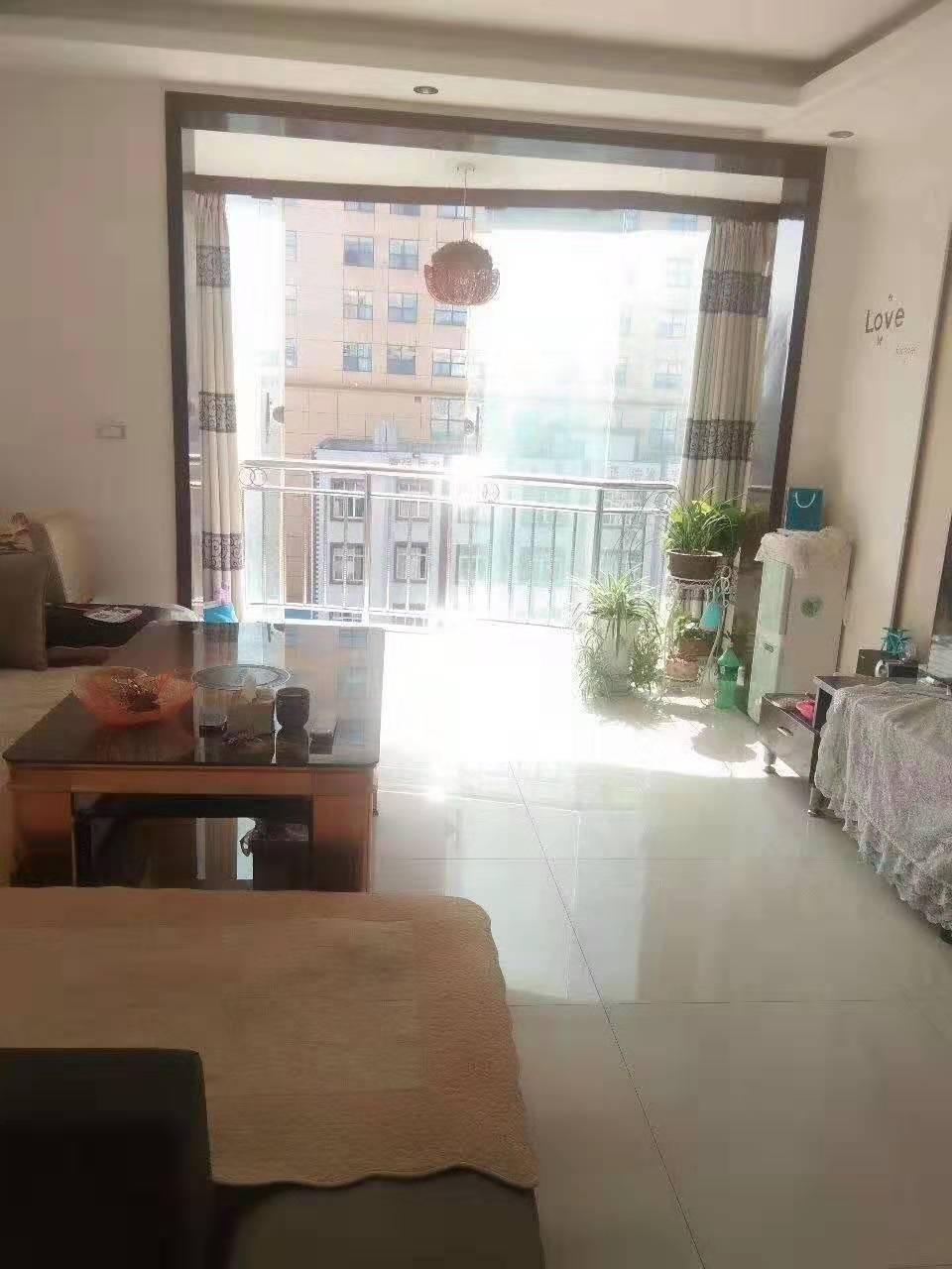 龙腾锦城3室 2厅 2卫